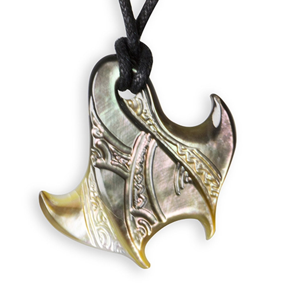 Mother of Pearl Stingray necklace